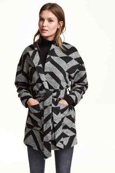Vzorovaný kabát