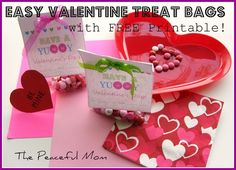 Super Easy Valentine Treat Bags With FREE Printable!
