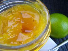Zoals ik al zei in mijn vorige post, is confituur maken van mango niet onmiddellijk mijn favoriet jobke. Behalve dan als we eens wat creatiever mogen zijn… De mangoconfituur die ik u nu voorschotel, is zo'n specialleke! De inspiratie heb … Chutney, Mango Jam, Fruit Dishes, Punch Bowls, Preserves, Pesto, Pickles, Brunch, Favorite Recipes