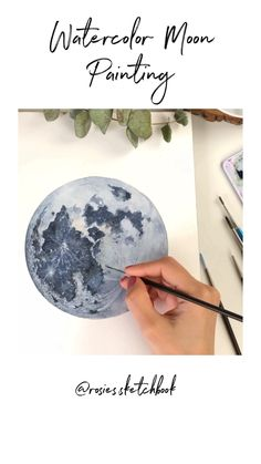 Watercolor Moon Painting Tutorial use part of protractor set to get prefect circle. Watercolor Moon, Watercolor Video, Watercolor Drawing, Painting & Drawing, Watercolor Paintings, Artist Painting, Watercolor Painting Tutorials, Painting Videos, Gouache Painting