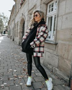 Stylish Winter Outfits, Casual Fall Outfits, Winter Fashion Outfits, Trendy Outfits, White Outfits, Autumn Outfits Women, Zara Outfit, Mode Vintage, Mode Inspiration