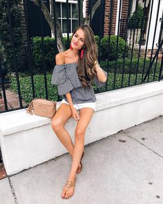 """13.1k Likes, 117 Comments - Caitlin (@cmcoving) on Instagram: """"#ootd ❤️❤️ I've been getting a lot of questions about my favorite Charleston spots so I'm putting…"""""""