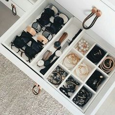 Creative Closet Hacks Every Fashion Girl Shoul. - Creative Closet Hacks Every Fashion Girl Should Master @ ladyqueendee - Master Closet, Closet Bedroom, Bedroom Decor, Bedroom Small, Ikea Bedroom Design, Trendy Bedroom, Dorm Room Closet, Bedroom Designs, Master Bedroom