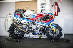 La BMW S 1000 RR préparée par l'atelier français Praëm.