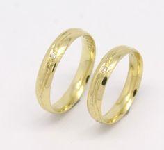 Par de Alianças Ondas Zircônios Ouro Amarelo 18k 750
