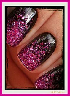 Glitter Nails  @denise grant Makitra