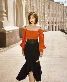 Korean Beauty, Asian Beauty, Han Ji Won, Korean Actresses, Beauty Photos, Beautiful Asian Women, Asian Woman, Beautiful Outfits, Cold Shoulder Dress