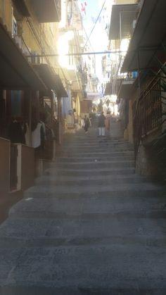 Bassi dei gradoni di Capodimonte Rione Sanitâ Napoli