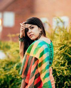 Saree inspiration from Jewellery : Fit Girls Guide, Girls Who Squat, Saree Poses, Indian Girl Bikini, Girl Sday, Blouse Designs Silk, Saree Photoshoot, Tamil Actress Photos, Girls Weekend