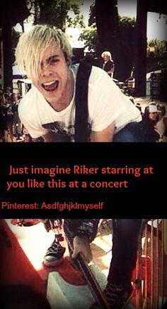 Riker Imagine // Riker starring at you