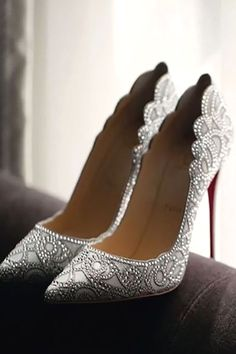 Christian Louboutin OFF!>> 24 Gorgeous Bridal Shoes For Stunning Brides ❤ See more: www. Cute Shoes, Me Too Shoes, Trendy Shoes, Christian Louboutin Shoes, Wedding Shoes Louboutin, Beautiful Shoes, Beautiful Outfits, Gorgeous Heels, Beautiful Bride