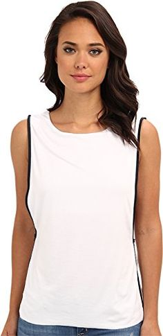 295fe814b9f567 Amazon.com  Bailey 44 Women s Touchdown Top White Navy SM (US 4-6)  Clothing