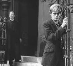 Peter Cushing and David McCallum in Violent Playground Directed by Basil Dearden Napoleon Solo, David Mccallum, Peter Cushing, The Man From Uncle, Japanese Film, Playground, Tv Series, Cinema, Hero