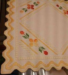 Artesanía, Manualidades, Labores - Bordado Punto Reto Hardanger Embroidery, Paper Embroidery, Silk Ribbon Embroidery, Embroidery Patterns, Crochet Doily Patterns, Crochet Motif, Crochet Doilies, Swedish Weaving, Floral Tablecloth