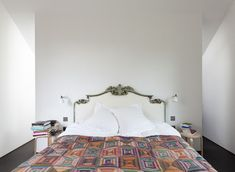 One of our favorite houses ever? London theater designer Niki Turner's Providence Chapel conversion in the picturesque village of Colerne near Bath. Decor, Victorian Bed, Interior, Home Bedroom, Modern House, Old School House, Chapel Conversion, House Styles, Fake Walls
