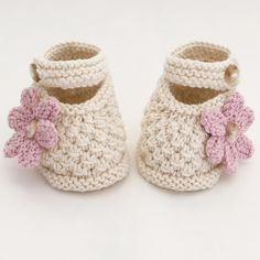 Hand Knitted Baby Shoes-Booties £5.35