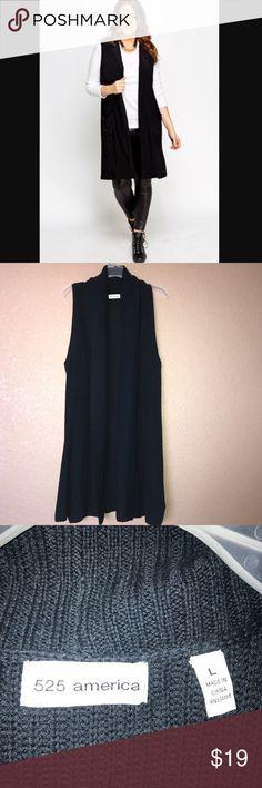 🆕 525 America sleeveless cardigan 525 America sleeveless cardigan/ NWOT/ size :LRG/ navy blue 525 America Sweaters Cardigans