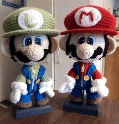 Filed under: super nintendo amigurumi, mario crochet pattern    crochetme.com
