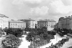 Plac Mariacki we Lwowie