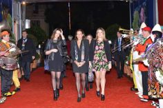 The Princess Stephanie of Monaco in his capacity as honorary president of the International Circus Festival of Monte Carlo is very assiduous representations she attended successively with her daughters Camille and Pauline and her brother Prince Albert.