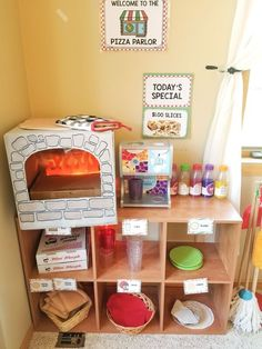 Preschool Pizza Parlor Simply combine my Pizza Parlor Dramatic Play Pack with your pizza fixings to set up this fun and engaging dramatic play experience. Buy this pack in the shop! Dramatic Play Themes, Dramatic Play Area, Dramatic Play Centers, Preschool Dramatic Play, Diy For Kids, Crafts For Kids, Prop Box, Role Play Areas, Pack And Play