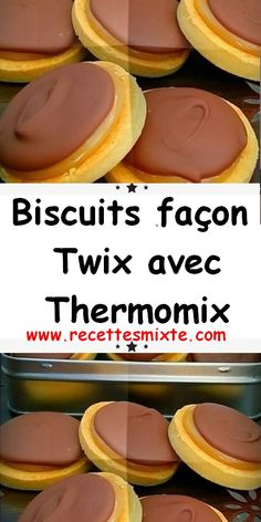 Right here is the recipe for Twix Thermomix cookies, scrumptious shortbread lined with delicate caramel and milk chocolate, simple and easy to make. Ground Beef Keto Recipes, Beef Recipes For Dinner, Easy Soup Recipes, Quick Keto Dessert, Quick Easy Desserts, Dessert Simple, Thermomix Desserts, Dessert Recipes, Caramel Mou
