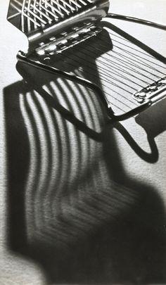 Food photography andre kertesz photography still life, andre kertesz polaroids, andre kertesz photography shadows, andre kertesz stairs, andre kertesz photography p Photography New York, Straight Photography, Shadow Photography, Still Life Photography, Color Photography, Portrait Photography, Wedding Photography, Andre Kertesz, Edward Weston