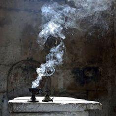Light and Smoke, Okkvlt Daughter Of Smoke And Bone, Wabi Sabi, Belle Photo, Occult, Medieval, Photos, Pictures, Tumblr, Dark