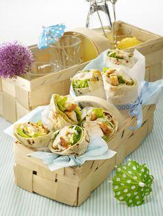 Weizen-Tortillas köstlich gefüllt und gerollt: Thunfisch ...