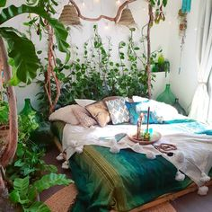 Charming Bohemian Home Interior Design Ideas (With images) Dream Rooms, Dream Bedroom, Bedroom Green, Fairytale Bedroom, Home Interior, Interior Design, Interior Architecture, Jungle Bedroom, Forest Bedroom