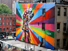 Kobra Eduardo Kobra's mural of Alfred Eisenstaedt's photo, V-J Day in Times Square. Also see Kobra's vintage New York City mural just bellow this one. (Chelsea, NYC) More photos: Kobra, Street Art Street Art Utopia, Street Art News, Best Street Art, Amazing Street Art, Street Art Graffiti, Street Artists, Amazing Art, Street Mural, Awesome