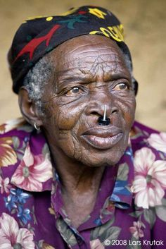Dinembo: Forbidden Tattoos of the Makonde of Mozambique | Lars Krutak