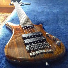 Framus & Warwick  Thumb BO 6 strings