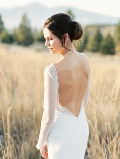 Sexy open back dress: http://www.stylemepretty.com/montana-weddings/bitterroot-valley/2016/02/09/victorian-inspired-montana-bridal-session/ | Photography: Rebecca Hollis - http://rebeccahollis.com/