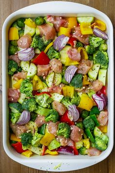 One pan roasted garlic chicken and veggies. Can substitute shrimp with a little timing adjustment. Paleo grubs One pan roasted garlic chicken and veggies. Can substitute shrimp with a little timing adjustment. Healthy Chicken Recipes, Paleo Recipes, Cooking Recipes, Heathly Dinner Recipes, Healthy Chicken Dinner, Veggie Dinner, Clean Eating Recipes For Dinner, Grilling Recipes, Healthy Meal Prep