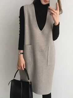 Winter Dress Outfits, Winter Fashion Outfits, Modest Fashion, Look Fashion, Hijab Fashion, Fashion Dresses, Womens Fashion, Shift Dress Outfit, Shift Dresses
