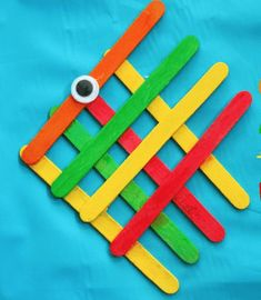 Simple Popsicle Stick Angelfish - Preschool craft for Submerged VBS. Popsicle Stick Crafts For Kids, Animal Crafts For Kids, Popsicle Sticks, Craft Stick Crafts, Preschool Crafts, Craft Ideas, Craft Sticks, Play Ideas, Whale Crafts