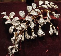 Mellerio diamond brooch, owned by Marie Antoinette
