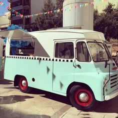 From Spain, the Big Mamma ice cream truck of @LovelyRides. Simply gorgeous. Book her Spaniards!