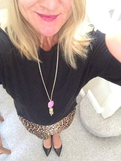 Dress Code: Hot pink and leopard!