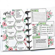 Are you searching for bullet journal ideas to keep your house clean & organized? Here are 15 bullet journal layout ideas to use as inspiration for your spring cleaning schedule. Bullet journal inspiration isn't exactly difficult to come by but there are s Bullet Journal School, Bullet Journal Banner, Bullet Journal Aesthetic, Bullet Journal Notebook, Bullet Journal Themes, Bullet Journal Spread, Bullet Journal On Lined Paper, Bullet Journal Lines, Bullet Journal Layout Ideas