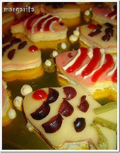 ιδέες για μπουφέ Pirate Theme, My Recipes, Party Themes, Cheesecake, Breakfast, Desserts, Food, Pirates, Mermaid