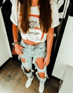 Fashion Tips Jewelry .Fashion Tips Jewelry Sporty Summer Outfits, Cute Outfits For School, Teen Fashion Outfits, Cute Casual Outfits, Winter Outfits, Trendy Outfits For Teens, Trendy Shoes, Fashion Tips, Winter Outfit For Teen Girls