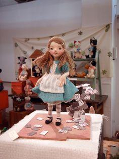 Felted Alice in Wonderland