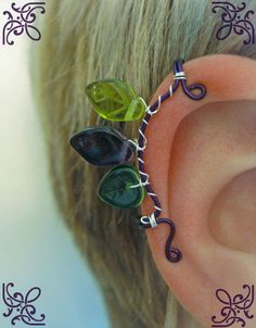 Thranduil's Leaf Crown replica made into Ear Cuffs. Geek Jewelry, Wire Jewelry, Beaded Jewelry, Jewelery, Fashion Jewelry, Jewelry Design, Jewelry Ideas, Unique Jewelry, Hobbit Costume