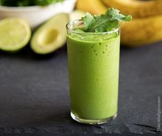 Trashy Amazing Healthy Juices To Make Healthy Juice Recipes, Healthy Juices, Healthy Drinks, Smoothie Recipes, Diet Recipes, Healthy Snacks, Cooking Recipes, Chia Pudding Breakfast, Smoothie Mix