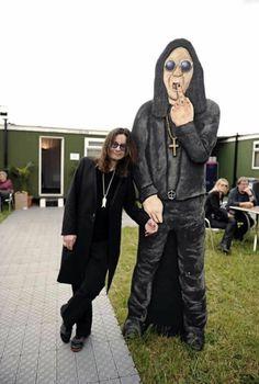 #OzzyOsbourne #Ozzy #BlackSabbath Ozzy Osbourne Family, Ozzy Osbourne Quotes, Ozzy And Sharon, Ozzy Osbourne Black Sabbath, Acid Rock, Music Bands, Music Is Life, Rock N Roll, Heavy Metal