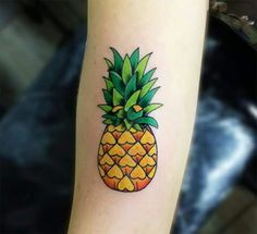 Pineapple Tattoo ideas for those who love exotic and delicious fruits Tattoo Bein, Bff Tattoos, Great Tattoos, Future Tattoos, Small Tattoos, Tatoos, Ankle Tattoos, Tribal Tattoos, Tatoo Art