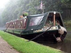 60ft x 10ft Widebeam canal boat