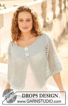 "DROPS crochet shoulder wrap in ""Cotton Viscose"" and ""Kid-Silk"". DROPS crochet shoulder wrap in ""Cotton Viscose"" and ""Kid-Silk"". Poncho Au Crochet, Pull Crochet, Mode Crochet, Crochet Shawls And Wraps, Crochet Jacket, Crochet Scarves, Crochet Clothes, Crochet Stitches, Ravelry Crochet"